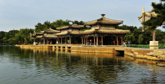 One day private tour from Beijing to Chengde Summer Resort