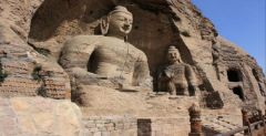 One day private tour to Datong including Yungang Grottoes and Huayan Monastery