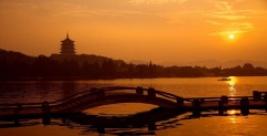 1-day private picturesque Hangzhou tour covering West Lake, Lingyin Temple and Wuzhen